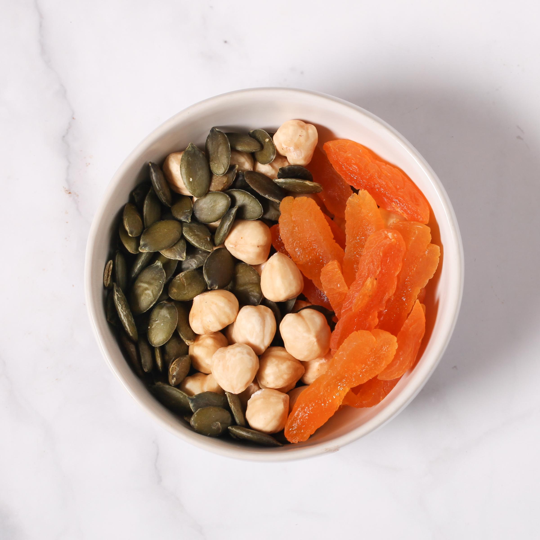 Salad Topper: Hazelnut, Apricot & Pumpkin Seeds